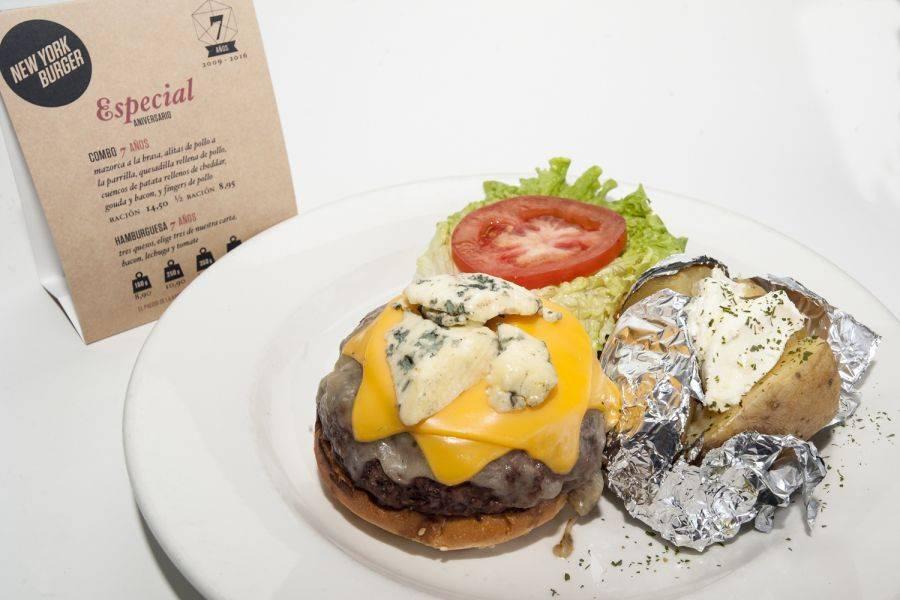 NEW YORK BURGER. Las buenas hamburguesas de aniversario