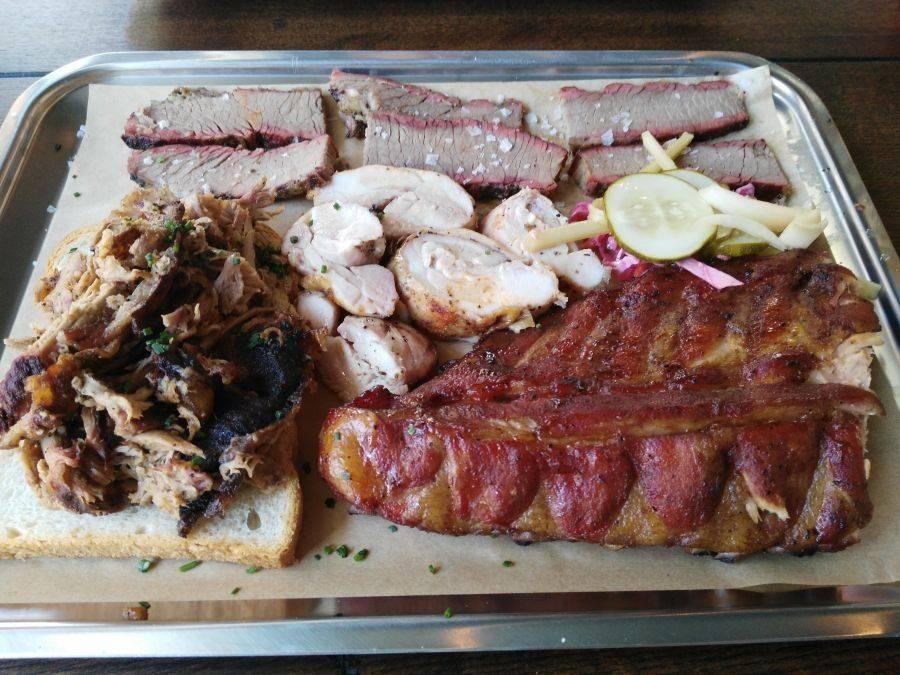 JIMBO SMOKEHOUSE. Carne ahumada genuinamente texana
