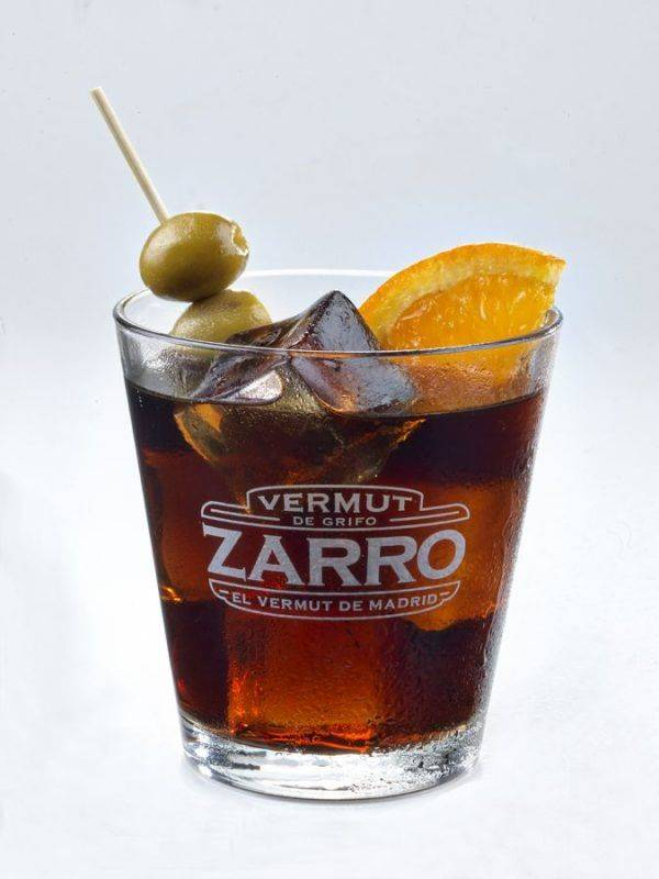 ZARRO. Un vermut en pantalla grande