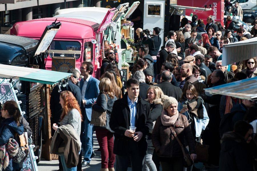 EXPO FOOD TRUCKS NUEVOS MINISTERIOS. Cocina callejera en el Paseo de la Castellana