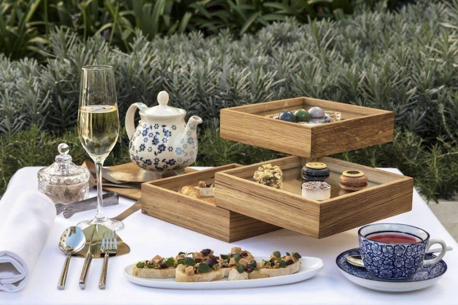 GRAN MELIÁ PALACIO DE LOS DUQUES. Amor a primera vista en la ceremonia del té