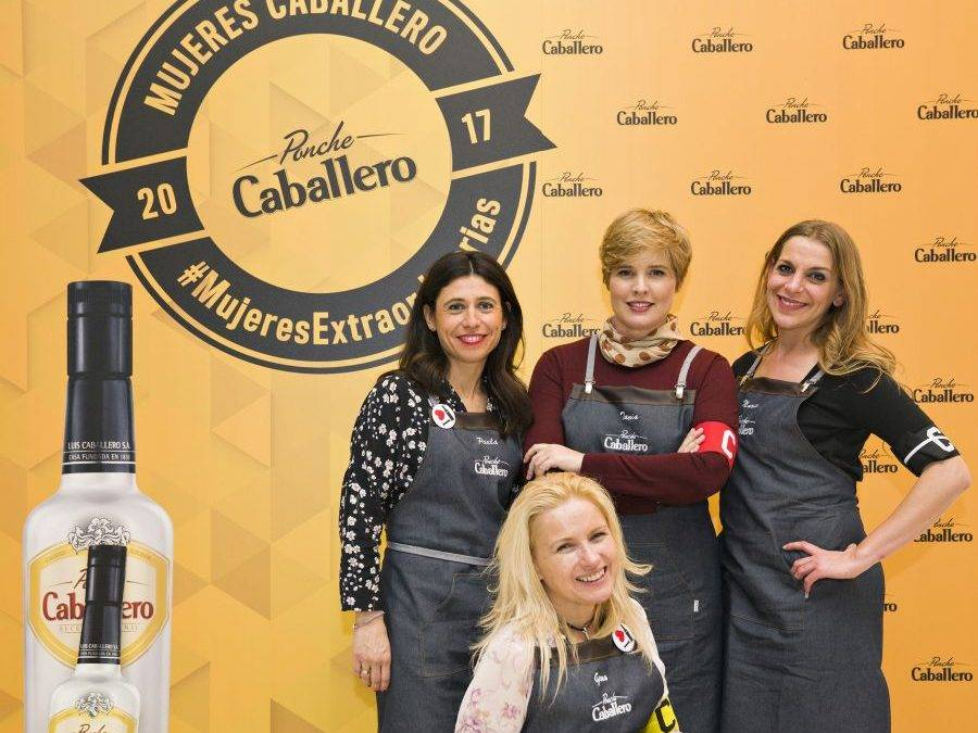 PONCHE CABALLERO. Homenaje a las mujeres españolas