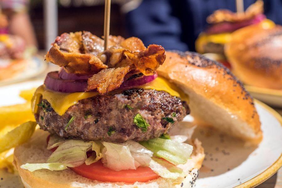 QUEEN BURGER GOURMET. Las hamburguesas de la excelencia