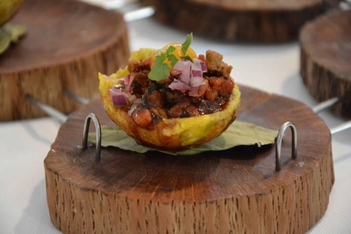 TIRADITO & PISCO BAR. El poderoso influjo de Superfoods Perú