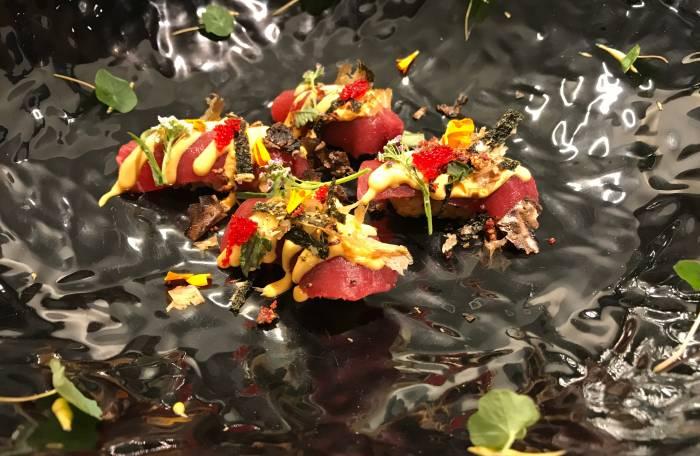 SOY KITCHEN. Impactante cocina de autor con expresivos sabores
