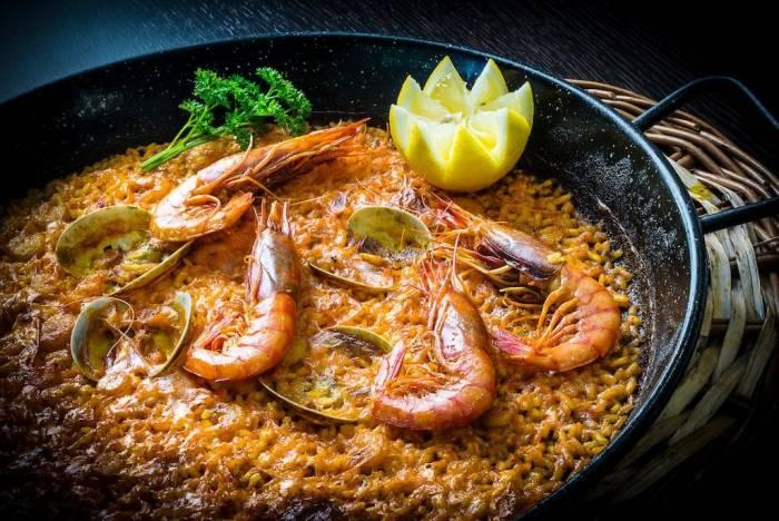 III RUTA DE LA PAELLA Y EL ARROZ. Una auténtica fiesta gastronómica