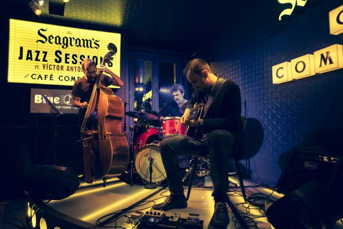 THE SEAGRAM'S JAZZ SESSIONS at CAFÉ COMERCIAL. El mejor jazz llegado desde NYC