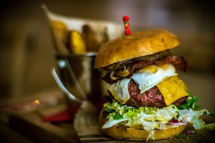 PIKDA. Excelentes hamburguesas gourmet con aires castizos