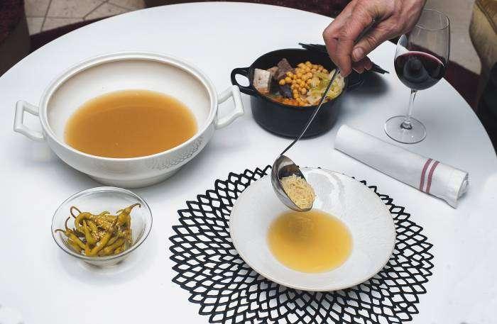 NH COLLECTION EUROBUILDING. Comienza la temporada del cocido madrileño