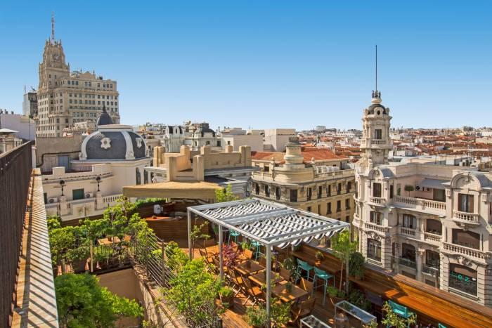 ÁTICO 11. De Madrid al cielo pasando por el Hotel Iberostar Las Letras Gran Vía