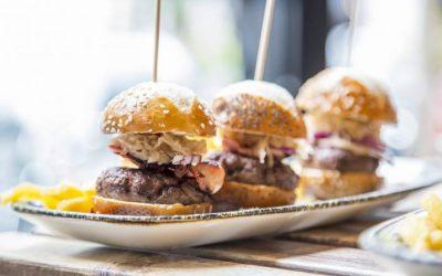 EL ESCONDITE DE VILLANUEVA. La vuelta al mundo en hamburguesas