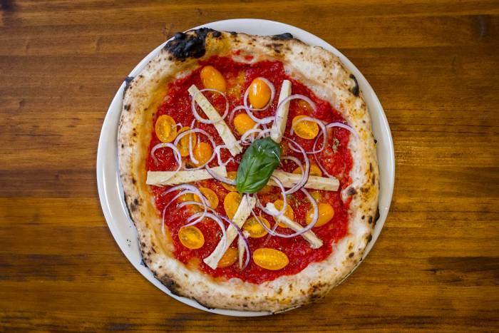 FRATELLI FIGURATO. Una pizzería muy napolitana con muchas novedades