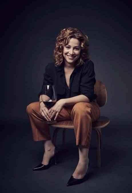 ALMUDENA ALBERCA. Primera mujer española reconocida como Master of Wine