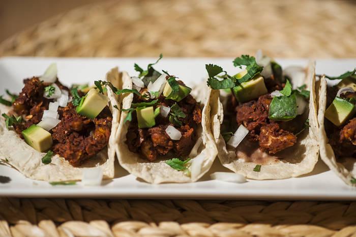 CUTZAMALA MEX FOOD. Fiel reflejo de la mejor cocina del México callejero