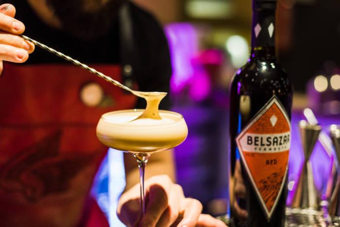 BELSAZAR. Un vermouth alemán, cool y cosmopolita