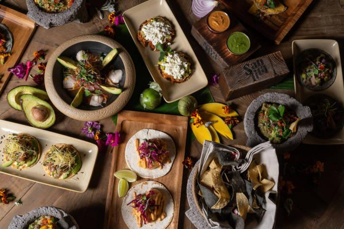 SANTITA. Cocina mexicana al carbón, auténtica y sabrosa