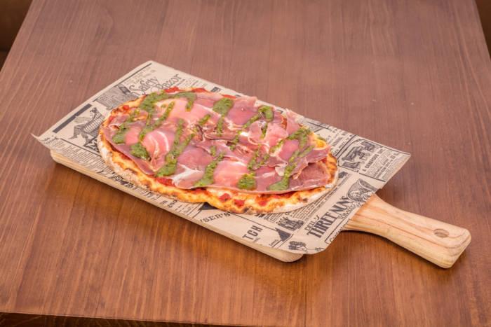 PINSA PIZZA. Aires gourmet para los sabores más auténticos