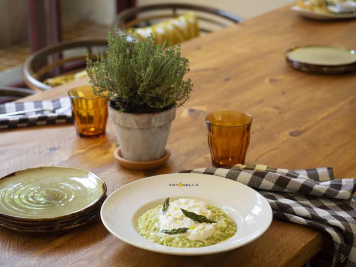 ANTONELLA. Saboreando los compases de la gastronomía italiana