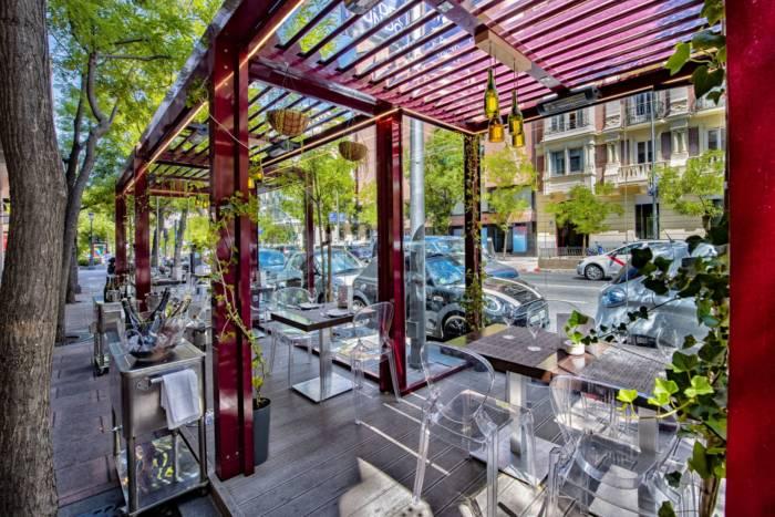 LAVINIA. La terraza enamorada del vino se estrena en Madrid