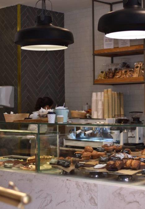 CRUSTÓ.  Aires renovados en la boulangerie de Zurbano