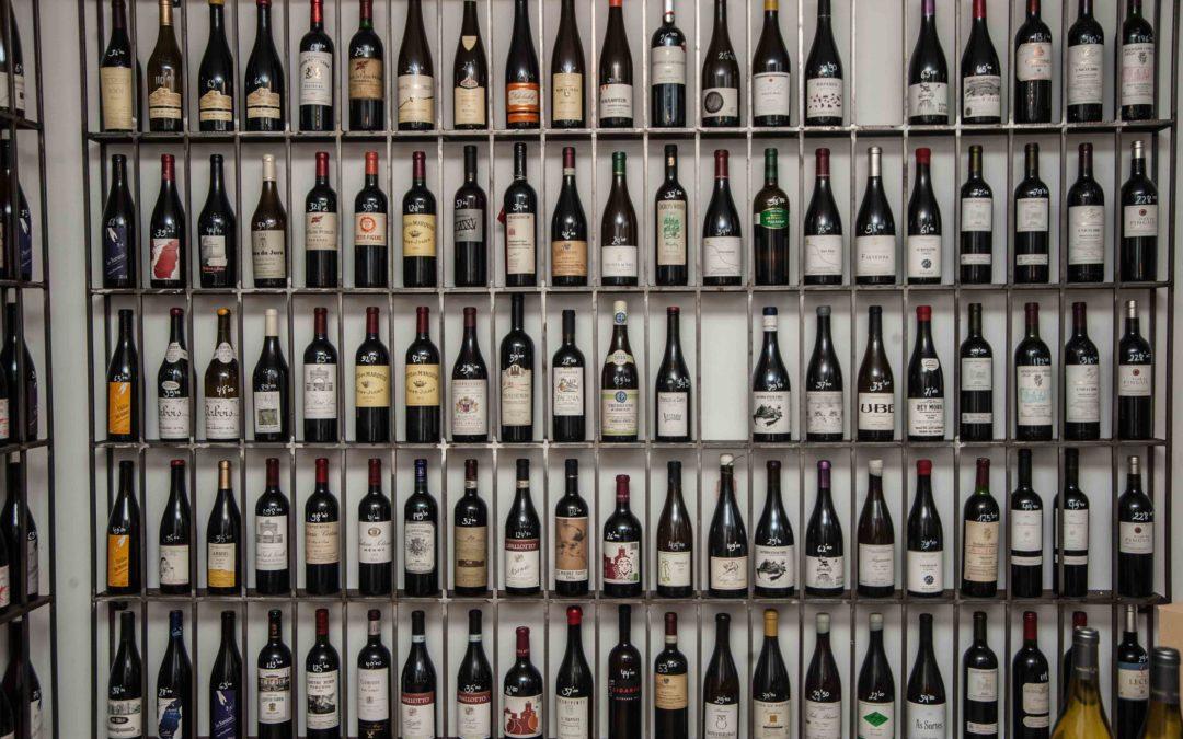 LA FISNA. Una auténtica taberna de vinos llena de orgullo